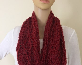 Crocheted Cranberry Cowl