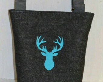 Shoulder bag felt with deer