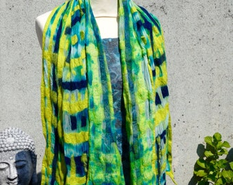 Scarf-shawl