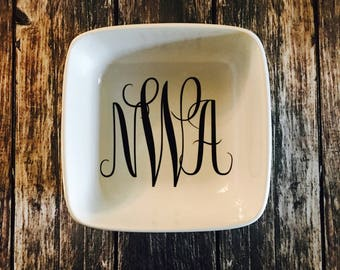 Monogrammed Ring Dish- Personalized Ring Dish- Bridal Shower Gift, Personalized Gift- ring  dish
