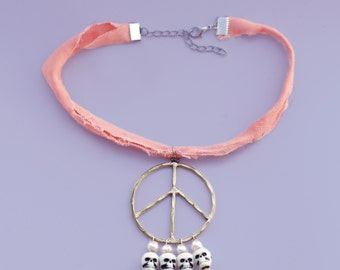 Power to the Peaceful Choker