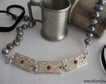 Anne Boleyn Style Silver and Pearls Necklace