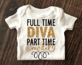 Baby onesie glitter customized for her/his birthday pick any design - body siut for all ages new born -24 months