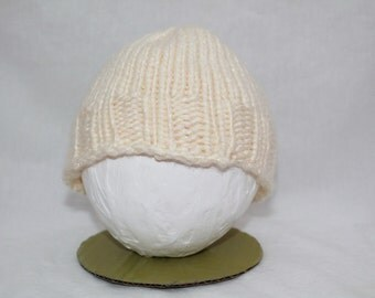 Hand Knitted Infant Hats - Cream/Sparkle