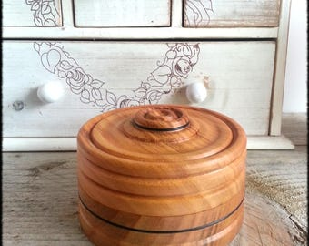 Box round turned cherry wood - candy box - jewelry box - home decor - craft made in France