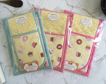 Cupcake Oven Glove / Oven Mitt - Hotpad - Gift for Her - Kitchen Decor - Housewarming Gift, Mother's Day Gift - Cooking Gift - Yellow