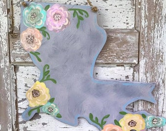 Watercolor inspired floral Louisiana door hanger