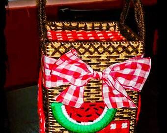 Picnic Basket Tissue Box Cover