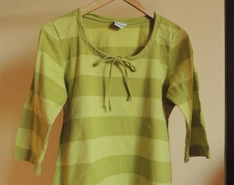 FREE SHIPPING - Vinatge MARIMEKKO Green wide striped  soft Cotton top with 3/4 long sleeves and small bow, size L Women's