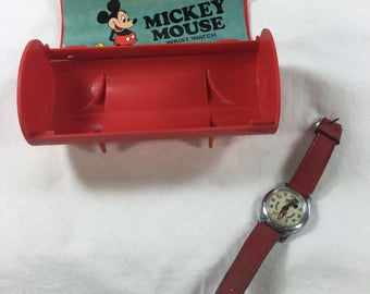 Vintage 1970s Mickey Mouse watch with original box and guarentee paper