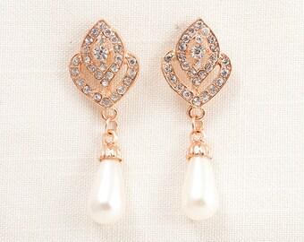 Wedding Bridal Pearl and Swarovski Crystal Chandelier Gold Earrings JSB10078EGold
