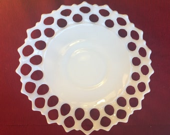 Westmoreland Doric Lace/Open Lace Pattern Milk Glass Serving Bowl or Fruit Bowl - Large