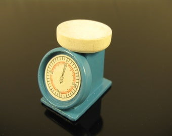 Dolls House Miniature Kitchen Scale
