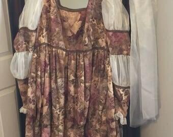 Medieval dress  // vintage renaissance gown //midieval gown//  medieval robe //medieval cloak// midieval veil //masquerade gown//renaissance