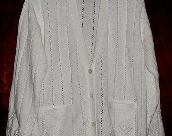 Vintage Clifford & Wills,CW, White Cardigan, L, Women's, Deep V-neck, buttons, 2 pockets