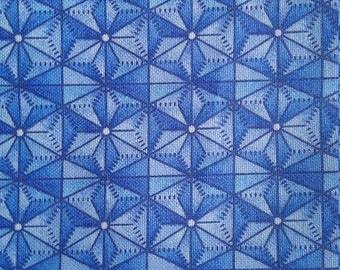One Fat quarter//100% cotton//quilting fabric//blue//whit//craft//quilt//patchwork