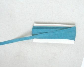 Bias in folded cotton duck - 9mm wide green