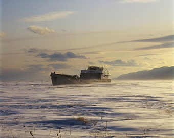 Blowing snow on the Lévisienne, an old Schooner (une Goélette), Isle-aux-Coudres, Charlevoix
