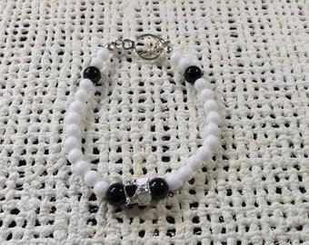White and black heart bracelet