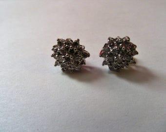 DIAMOND 14 K GOLD STUD earrings