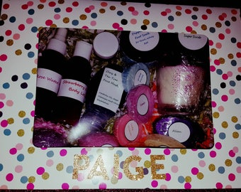 Deluxe Pamper Hamper. I00% vegan friendly.