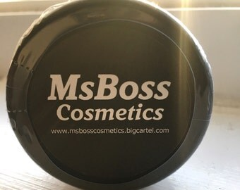 MsBoss Cosmetics Dainty Loose Powder Highlighter