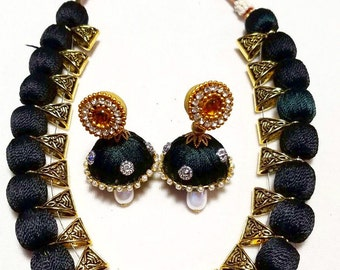 Chunky Black Bead Necklace with Earrings