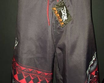 BOARDSHORTS BLACK TRIBAL