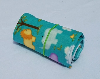 Safari Crayon Roll Up, with 16 Crayons