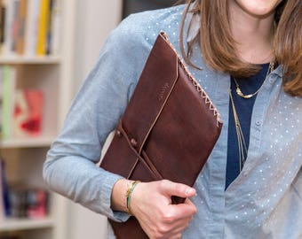 Nomy B - Laptop Sleeve, 100% leather, handmade, for 13-13.3 Inch MacBook Pro, MacBook Air, Notebook