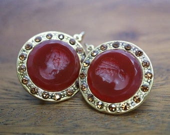 Vintage agate earrings, engraved agate with yellow crystals,