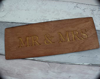 Mr & Mrs Plaque - Wedding Sign, Wedding Signs, Wedding Chair Signs, Mr and Mrs Signs, Mr and Mrs Chair Signs, Wedding Decorations, Wedding