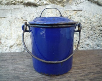 Blue enameled pot