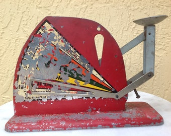 Vintage Jiffyway Metal Poultry Egg Sizer Scale Red