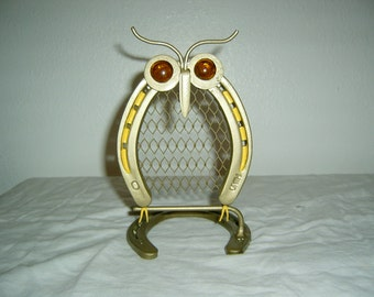 Owl made from new horse shoes