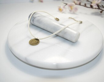 Cream Leather Choker Necklace - Sand Dollar Necklace - Beach Necklace - Summer Necklace
