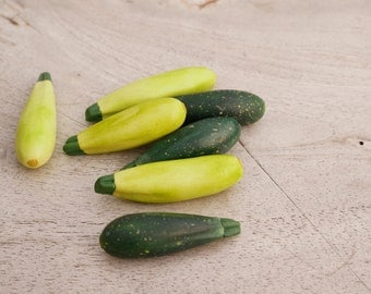 Zucchini miniature from polymer clay/modeling clay, Montessori toy, dollhaus toy