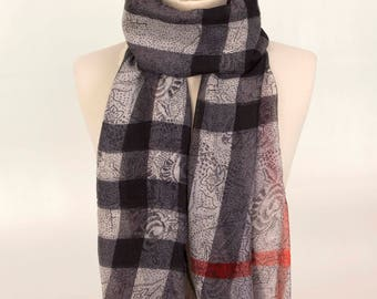 Plaid Scarf, Checkerd Scarf, Grey Scarf, Fashion Scarf, Soft Scarf, For Mom, Women Scarf, Gift Scarf, Girl Scarf, Large Scarf, Long Scarf