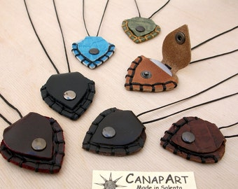Real leather pick necklace handmade man woman bass guitar. Canapart