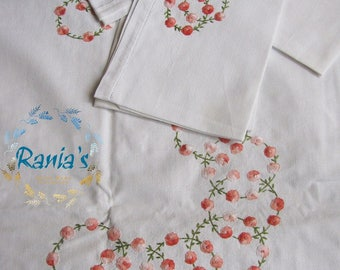 Embroidered Tablecloths with cloth napkins
