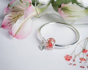 A Perfect Combination - High Quality Silver - Resin Real Red Dried Baby Flower
