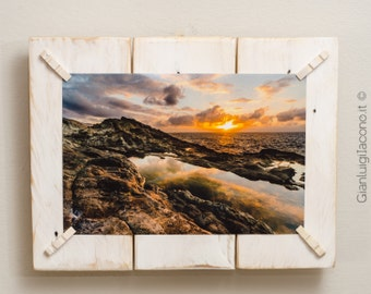 Recycled pine pallets rustic picture frame, white color with shabby effect