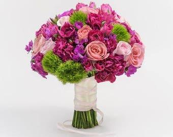 Wedding bouquet deRosas and Dianthus