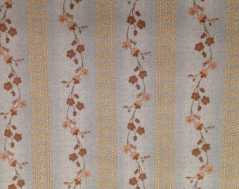 Henry Glass & Co The Buggy Barn Iced Mocha 1908 73-- 1/2 yard increments