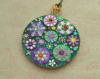 Round Ornament 20
