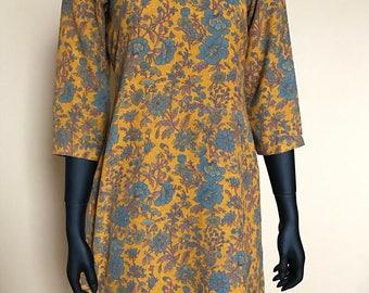 Vintage 70's M goldenrod paisley floral twisted neckline tunic dress