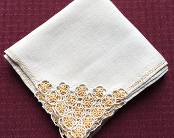 """Vintage Hand Crafted Linen Ecru Table Cloth with Tatting at each corner 28"""" x 29"""