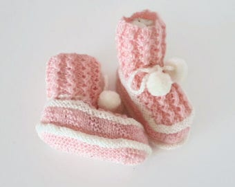 Baby booties baby girl handmade pink and white
