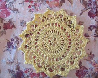 Yellow Circular dishcloth