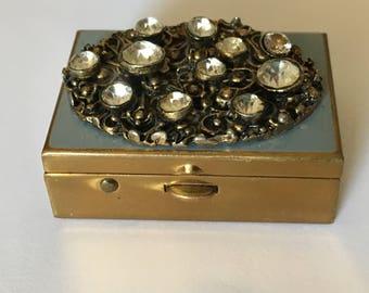 Vintage 1940s Pill Box.